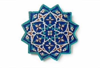 Tegel in de vorm van een ster (middel 15e eeuw), Oost-Iran. Beeld: Gemeentemuseum Den Haag