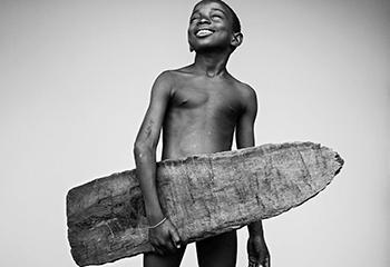 Gilmar Corriera, Porto Alegre, São Tomé and Príncipe, young surfer/student © Stephan Vanfleteren